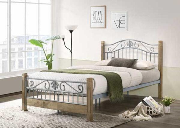 Colin metal bed