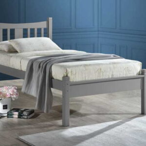 Robson wooden bed