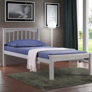 Sandra wooden bed